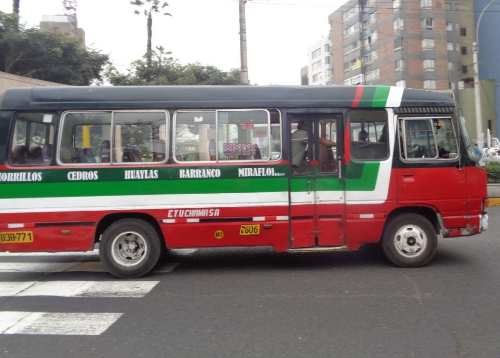 A micro in Miraflores