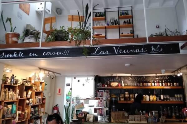 """Vegetarian cafes in Lima: """"Las Vecinas"""" (Barranco)"""