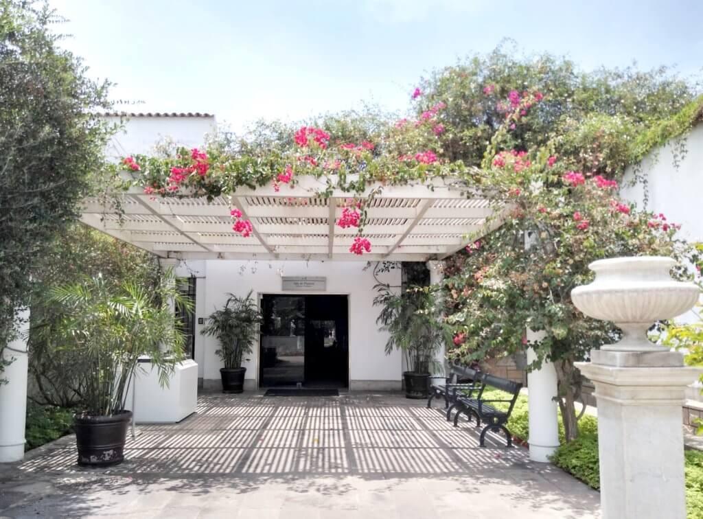 Entrance to the Platería